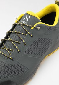Haglöfs - L.I.M LOW PROOF ECO - Hiking shoes - magnetite/signal yellow - 5