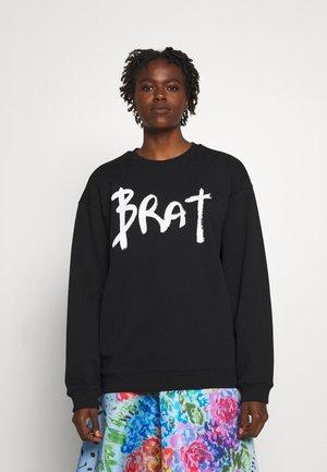 BRAT - Sweater - black