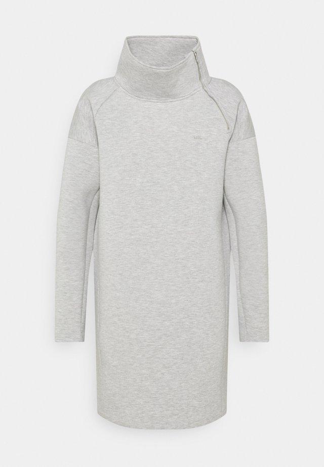 MODERN KNIT - Vapaa-ajan mekko - pearl grey heather