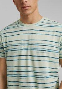 Esprit - Print T-shirt - pastel green - 3