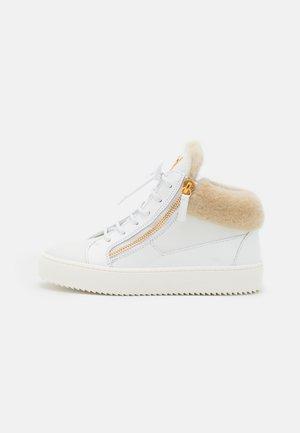 MID TOP - Sneakersy wysokie - birel/vague bianco