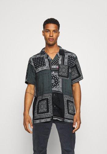 CUBANO - Shirt - blacks