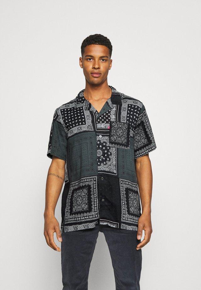 CUBANO - Camicia - blacks