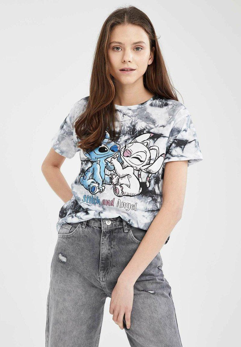 DeFacto - DISNEY STITCH - T-shirt con stampa - white/black