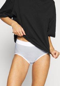 Sloggi - DOUBLE COMFORT MAXI - Onderbroeken - white - 0