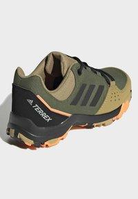 adidas Performance - TERREX HYPERHIKER LOW WANDERSCHUH - Hiking shoes - green - 2
