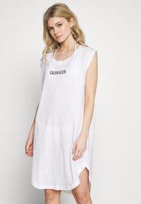 Calvin Klein Swimwear - INTENSE POWER DRESS - Doplňky na pláž - classic white - 0