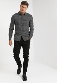 Replay - ZEUMAR HYPERFLEX  - Jeans slim fit - black - 1