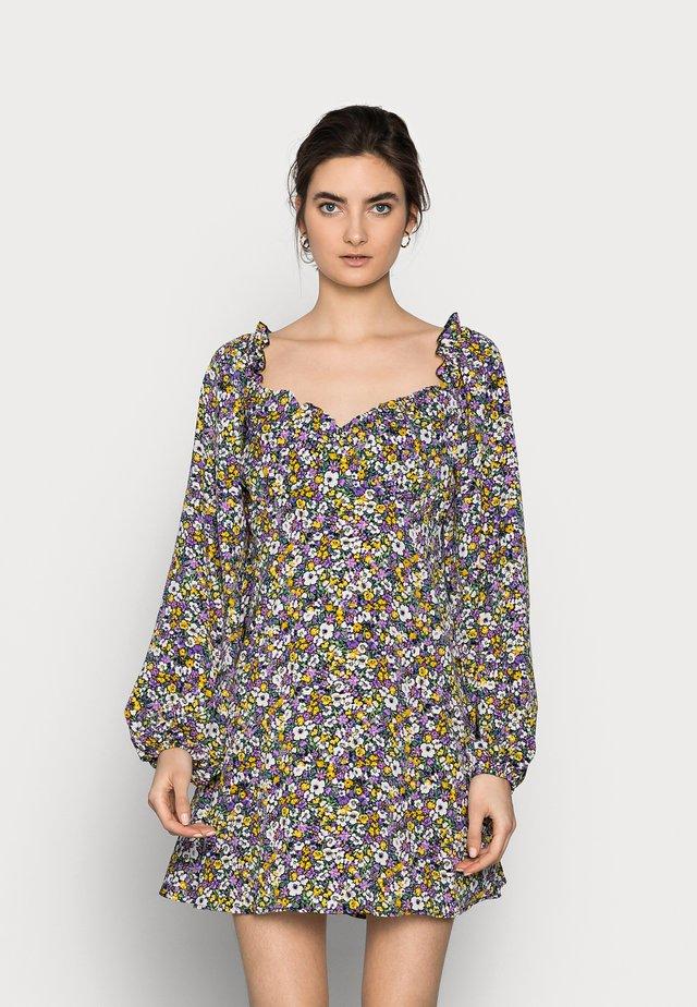 MILKMAID SKATER DRESS FLORAL - Robe d'été - purple