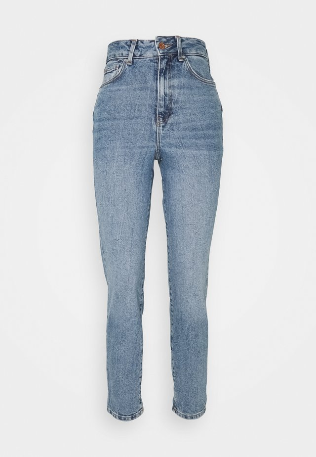 WAIST ENHANCE MOM JEAN HARRY - Relaxed fit jeans - mid blue