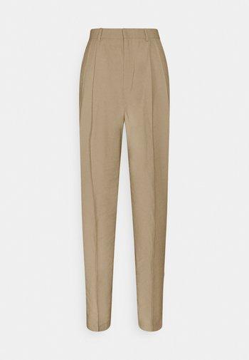 SANDRA STRAIGHt ELONGATED - Trousers - beige