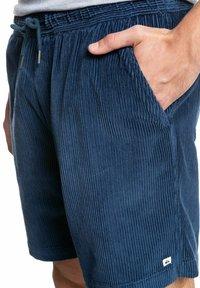 Quiksilver - TAXER  - Shorts - blue - 3