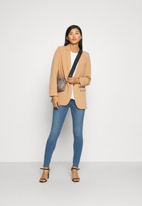 Lindex - CLARA BLUE - Jeans Skinny Fit - denim - 1