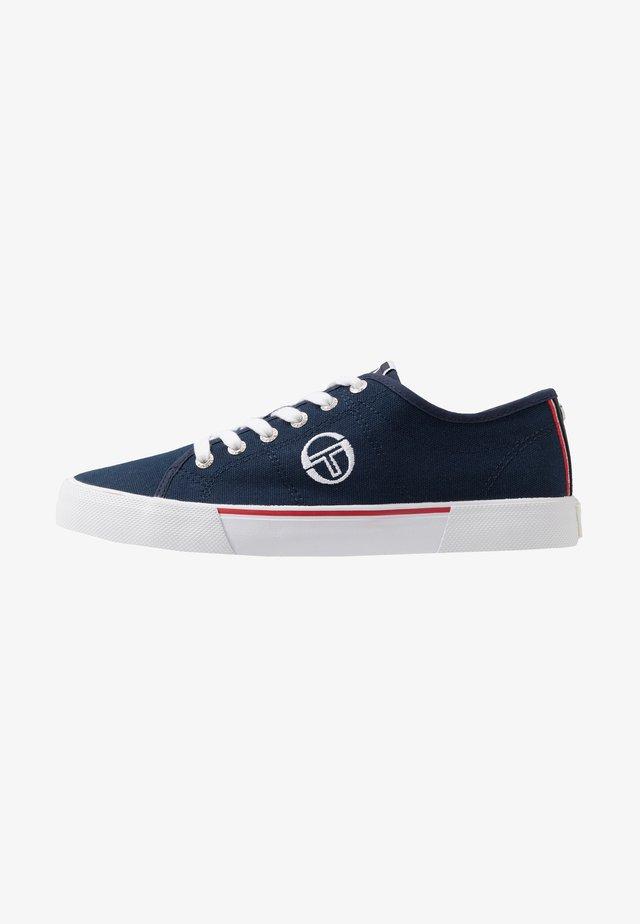 CAPRI - Sneakersy niskie - deep
