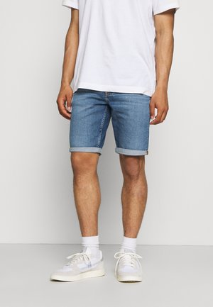 REGULAR - Short en jean - denim medium