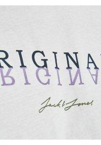 Jack & Jones - Print T-shirt - cloud dancer - 6
