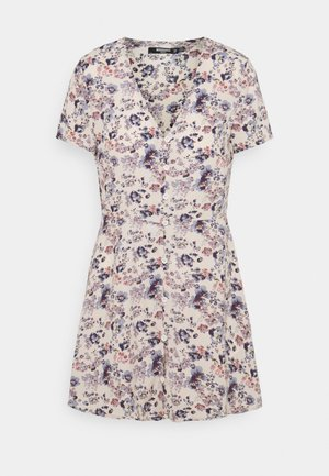 BUTTON THROUGH TEA DRESS - Day dress - lilac