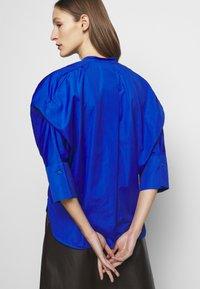 WEEKEND MaxMara - NATIVA - Button-down blouse - lichtblau - 4