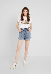River Island - Denim shorts - acid wash - 1