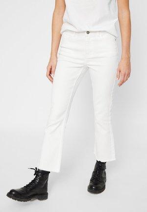 FLARED  - Bukser - bright white
