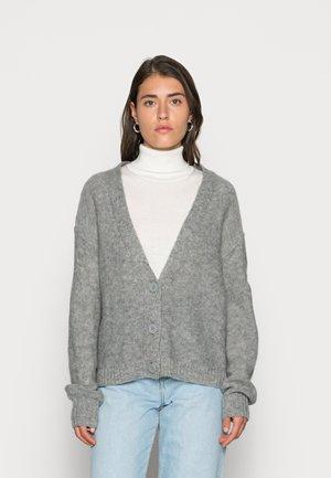 LLT BUTTON CARD - Cardigan - medium grey