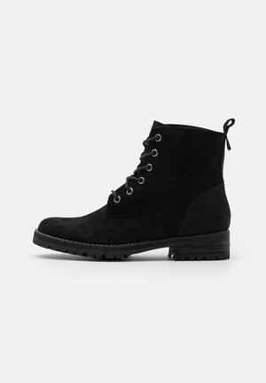COMMANDO BOOT - Veterboots - black