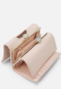 Ted Baker - ALYESHA TEARDROP CRYSTAL MINI BOBBLE PURSE - Wallet - light pink - 2