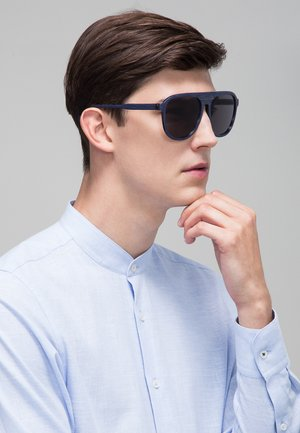 Sunglasses - blue-horn