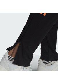 adidas Performance - TIRO  - Træningsbukser - black/scrora - 4