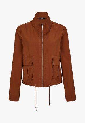 MIT DURCHZUGKORDEL - Summer jacket - americano brown