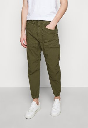 EKSTRO - Trousers - green