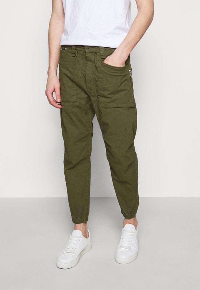 EKSTRO - Kalhoty - green