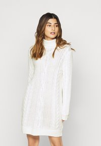 Object Petite - OBJAVA ROLLNECK DRESS - Strikket kjole - gardenia - 0