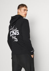 Mitchell & Ness - NFL OAKLAND RAIDERS HOWIE LONG THE 80S SUPERBOWL PACK HOODY - Article de supporter - black - 2