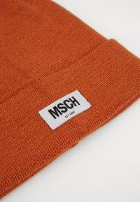Moss Copenhagen - MOJO BEANIE - Lue - apricot orange - 2