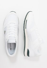 Lacoste - PARTNER PISTE - Trainers - white/dark green