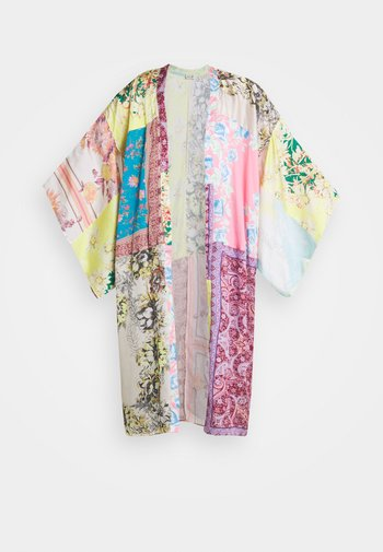 PATCHED WITH LOVE ROBE - Summer jacket - magic combo