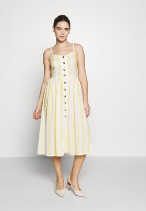 BUTTON DRESS - Kjole - french vanilia