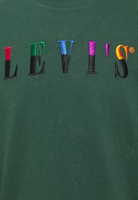 Levi's® - LS GRAPHIC MOCKNECK TEE UNISEX - Long sleeved top - ssnl serif ls sycamore - 2