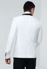 dobell - TUXEDO - Suit jacket - white - 2