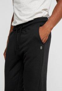 Blend - Teplákové kalhoty - black - 4