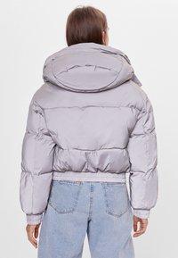 Bershka - Zimní bunda - silver - 2