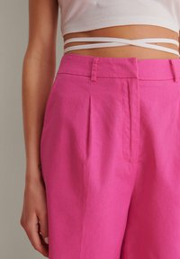 NA-KD - OVERSIZED LINEN BLEND SHORTS - Short - pink - 5