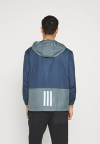 adidas Performance - BACK TO SPORT WIND.RDY ANORAK - Chaqueta outdoor - crew navy/blue oxide - 2