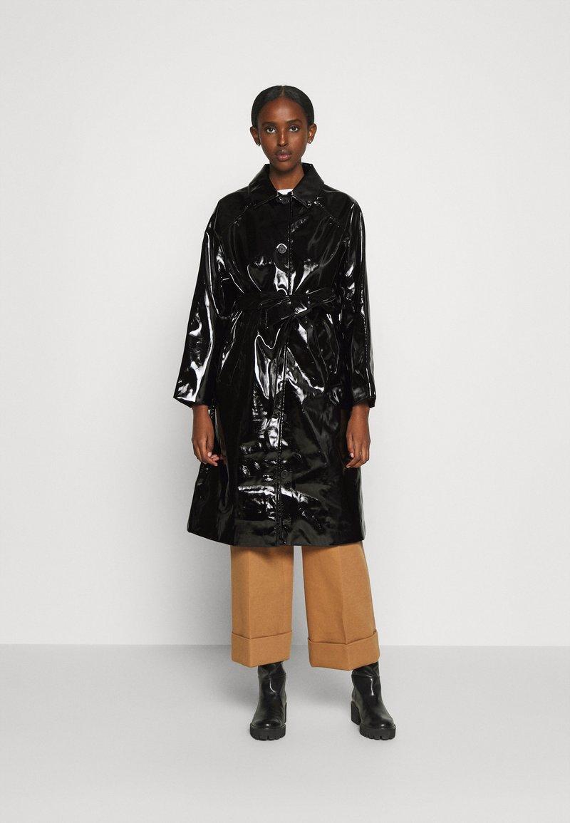 Bruuns Bazaar - JOSETTE GABY COAT - Halflange jas - black