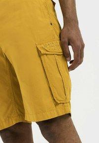 camel active - REGULAR FIT - Shorts - gold - 3