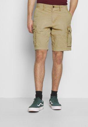 CLASSIC CARGO - Shorts - vintage khaki