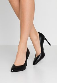 Tamaris - High heels - black - 0