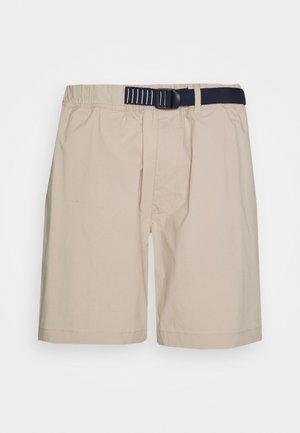 BELTED BEACH  - Shorts - beige