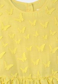 Charabia - SLEEVELESS  - Cocktail dress / Party dress - straw yellow - 2
